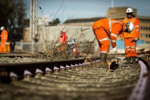 EAL Level 2 NVQ Diploma in Rail Engineering  Track Maintenance (QCF)
